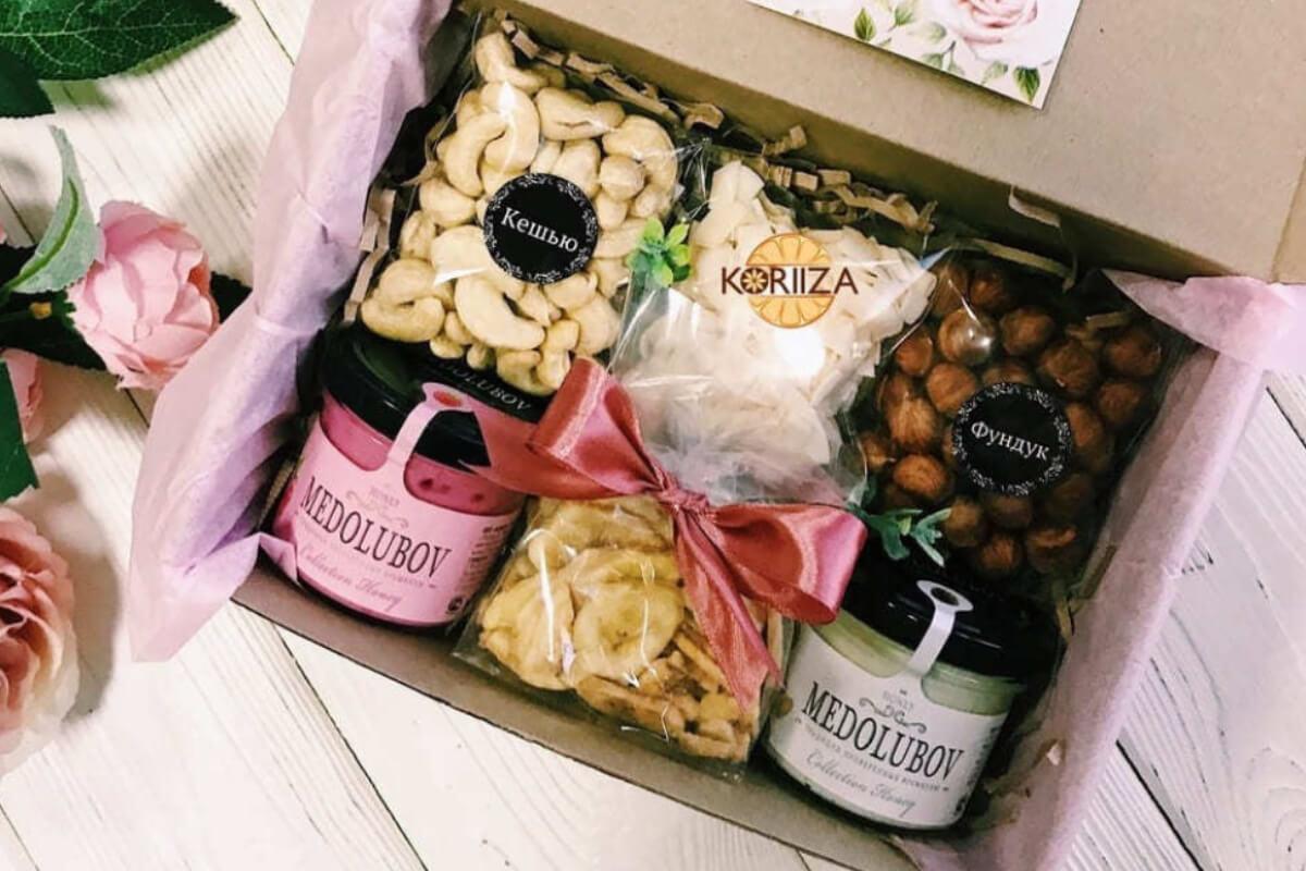 Подарки до 1000 рублей девушке